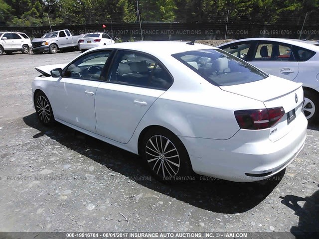 2016-Volkswagen-Jetta-SPORT-1.8-Turbo-WHITE-017