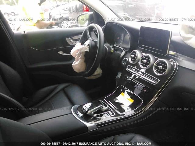 2016-Mercedes-benz-GLC-300-4MATIC--WDC0G4KB8GF076570-(1)-014