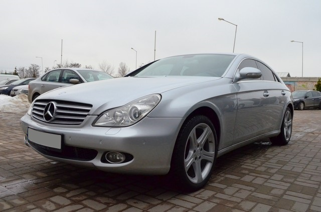Mercedes-Benz CLS 320 2005