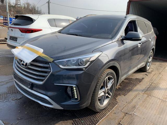 Hyundai Grand Santa Fe (Maxcruz) 2015