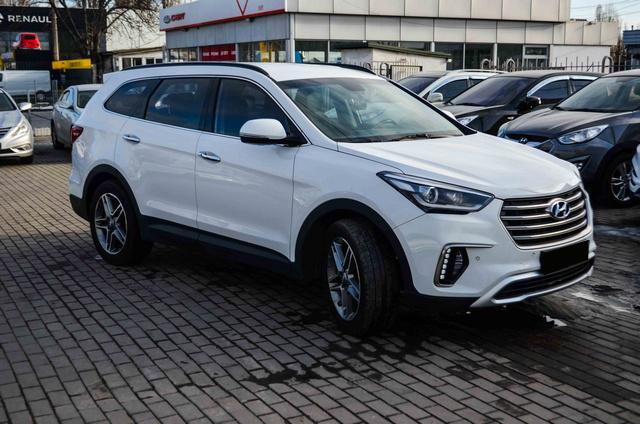 Hyundai Grand Santa Fe (Maxcruz) 2016
