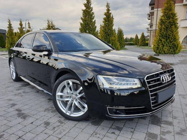 Audi A8 quattro Long 2017
