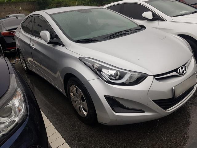 Hyundai Elantra (Avante) 2015