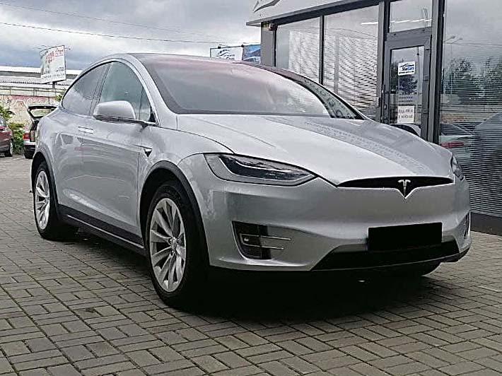 Tesla Model X 75D 2018